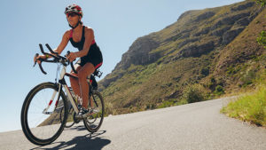09228-top-5-triathlons-with-the-most-challenging-bicycle-courses-700x394